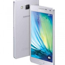 Samsung_Galaxy_A5_Android_smartphone_with_metallic_body27